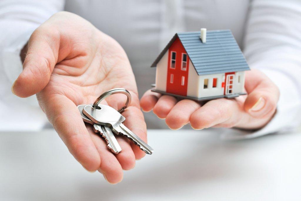 Можно ли оформить 2 ипотеки на одного человека сразу?